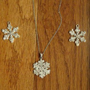 """STERLING SILVER SNOWFLAKE NECKLACE WITH 20"""" CHAIN"""